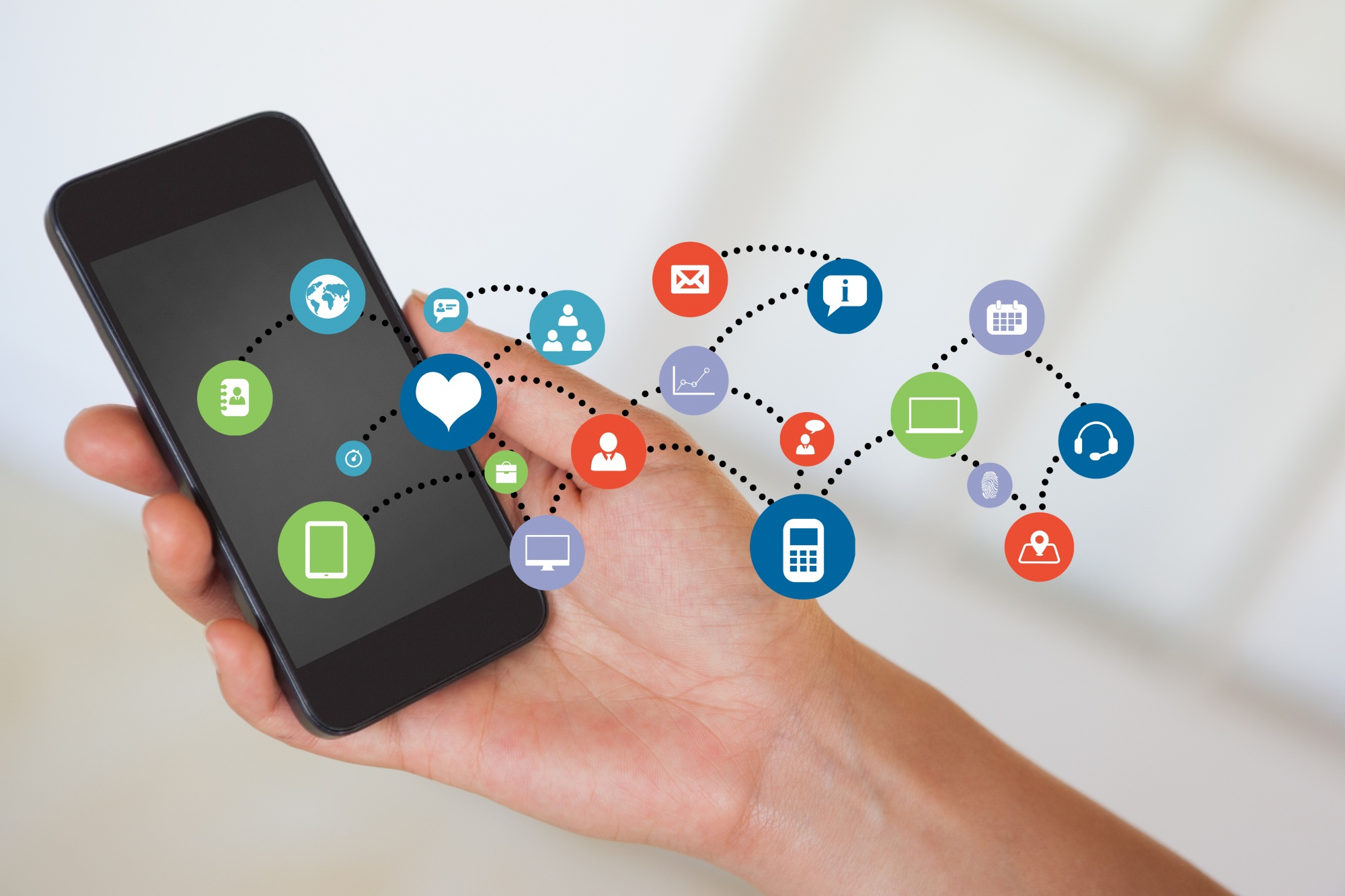 close-up-mobile-phone-with-cloud-apps